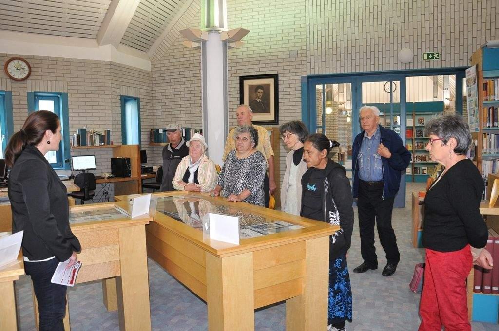 A Katona József Könyvtárba látogatott el a Wojtyla Ház családja