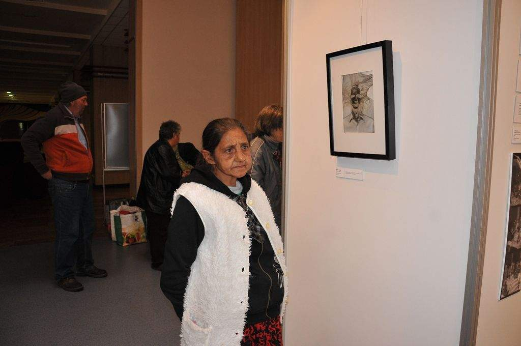 Hibaista fotókat nézett meg a Wojtyla Ház családja