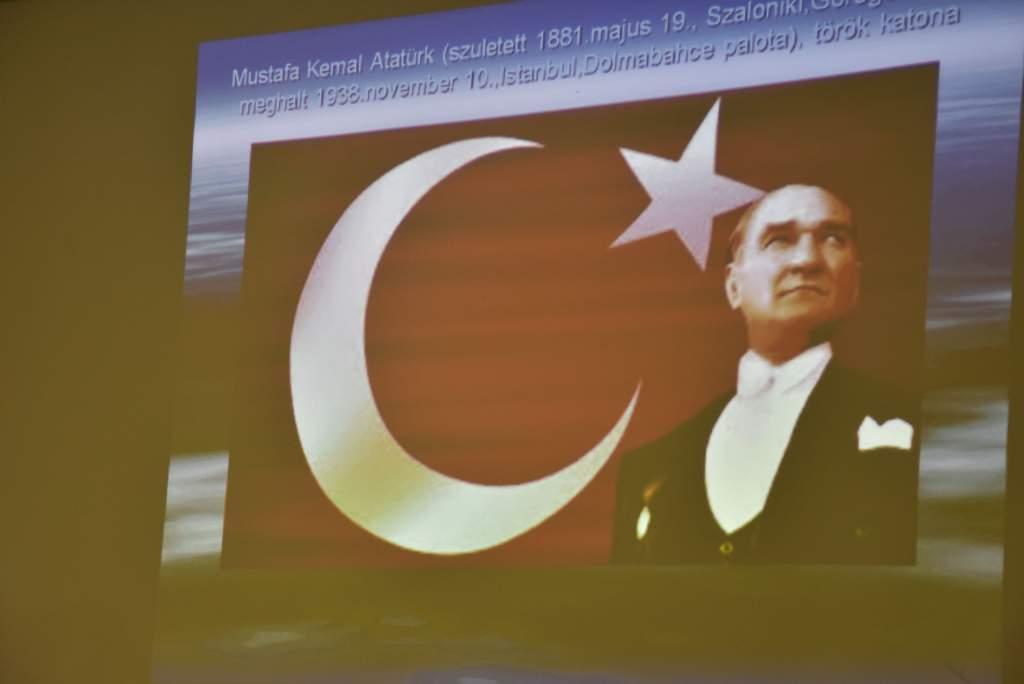 Törökországi útiélményeiről vallott a Gyógynövény- és Gombász Klub vezetője