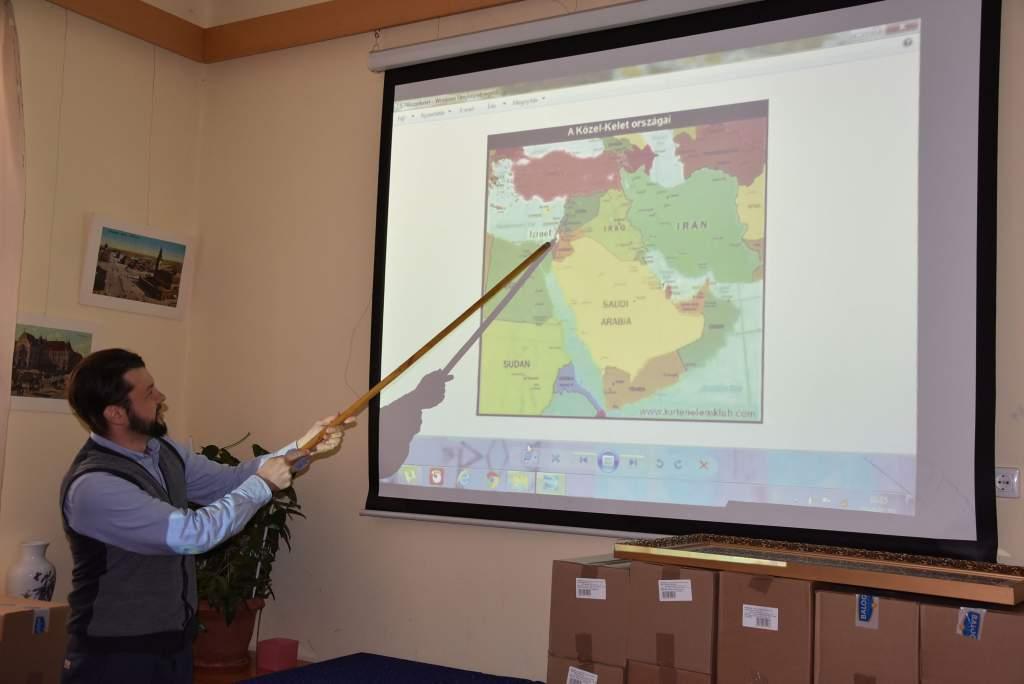 Dr. Falusi Norbert mesélt a Szentföldről