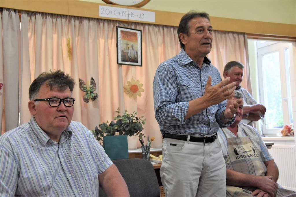 Dr. Svébis Mihály ismét segítő kezet nyújtott a Wojtyla Ház szegényeinek