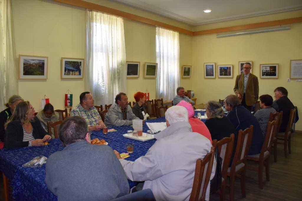 Dr. Drozdik Ferenc főállatorvos előadása a Wojtylában