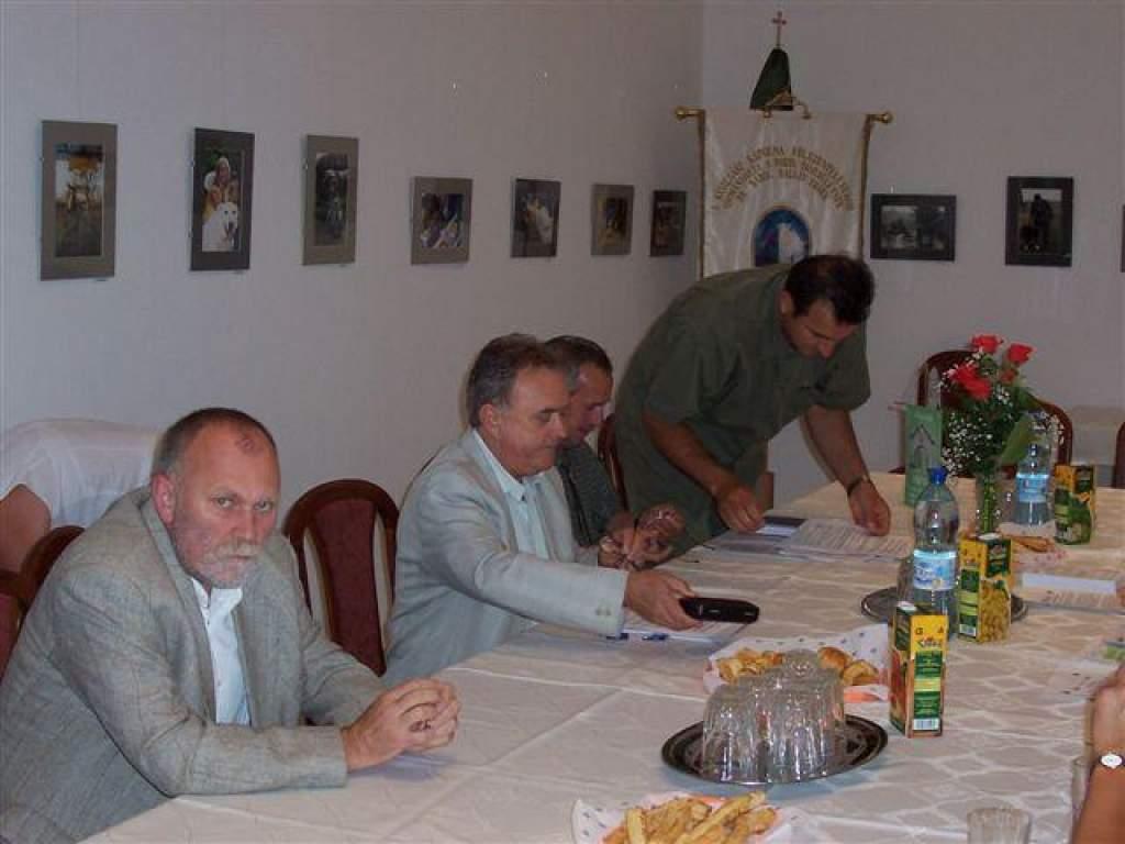 Sajtótájékoztatóval egybekötött fórumot tartott a Porta Egyesület.