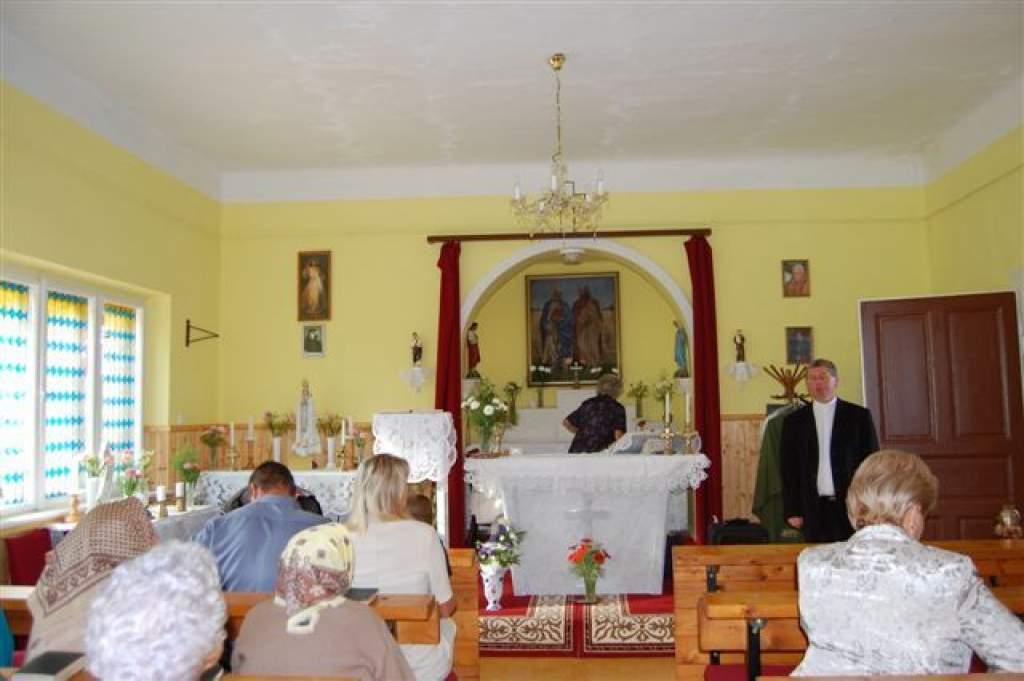 Sárháton fölújított kápolnát szentelt föl dr. Bábel Balázs érsek - hallgassák meg az ünnepi beszédét