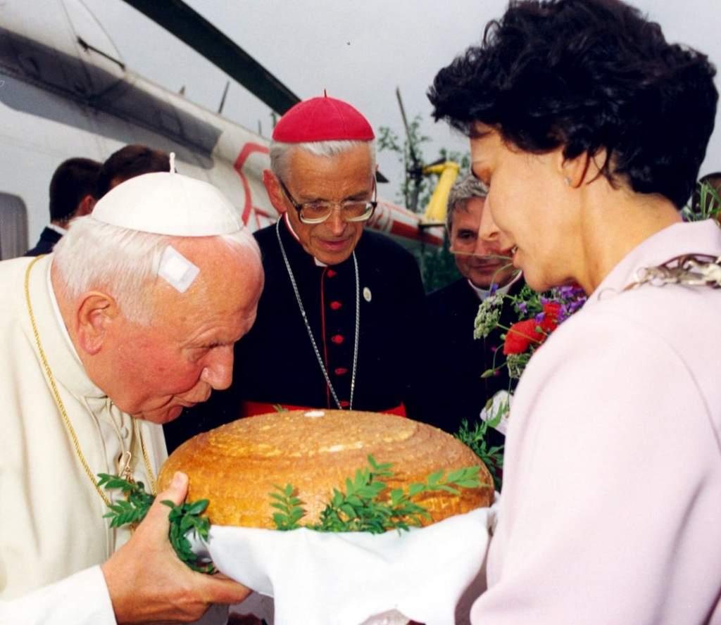 Közeleg II. János Pál boldoggá avatása Rómában - a kecskeméti Wojtyla Ház delegációja hamarosan indul