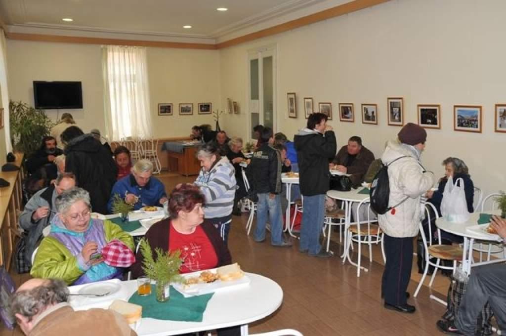 Vasárnapi vendégek: a versmondás ifjú művészei