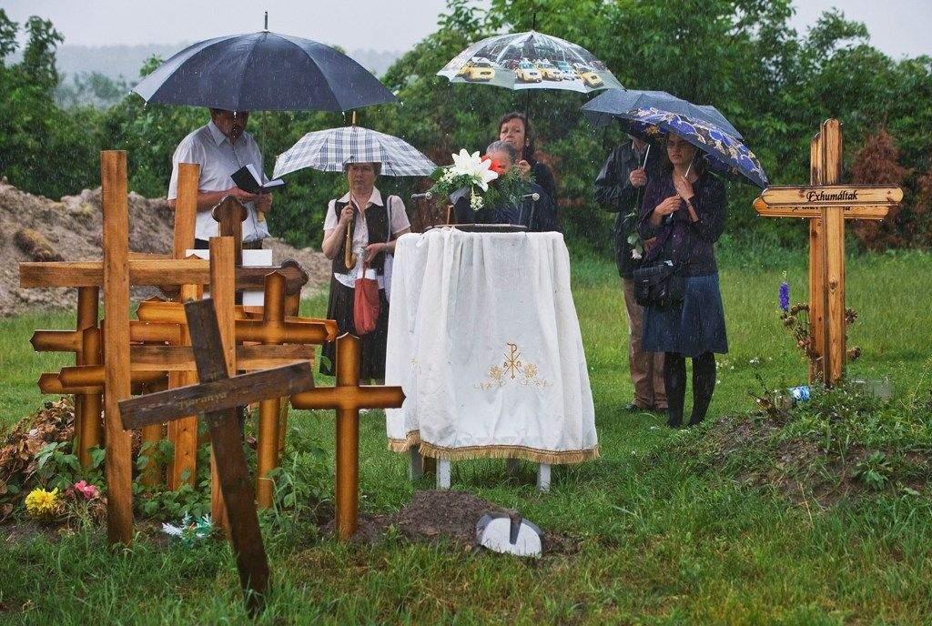 A WOJTYLA HÁZ NEMES SZOLGÁLATA: Krisztus nevében búcsúzunk el azoktól, akiket más nem temet el