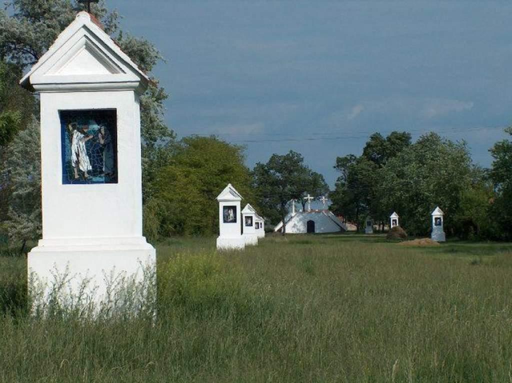 Érseki szentbeszédek: a hit szolgálatában - 2012 szeptember 15. Kiskunfélegyháza