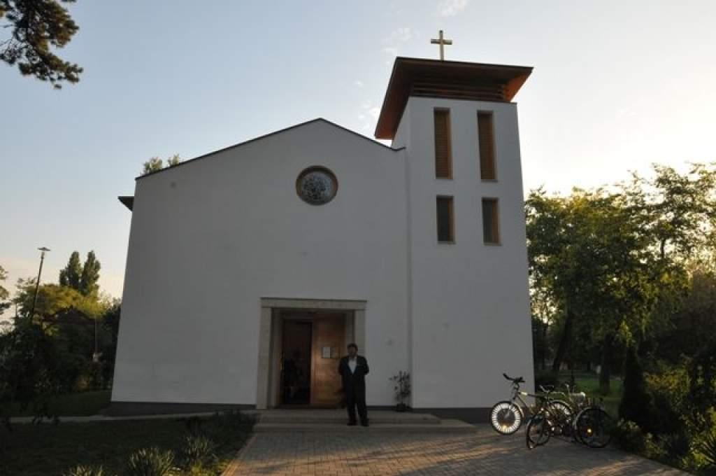 Az Assisi Szent Ferenc templom búcsunapján dr. Bábel Balázs érsek úr prédikált