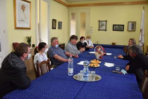Borota polgármester asszonya a Wojtyla Házban