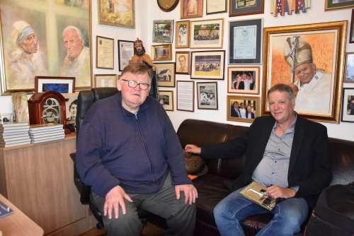 Zombor Gábor osztott ebédet a Wojtyla Házban